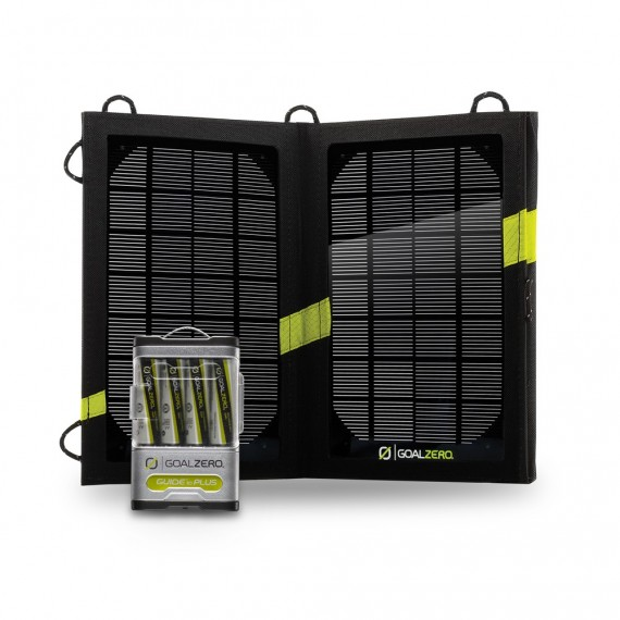 GUIDE 10 PLUS + NOMAD 7 SOLAR PANEL KIT