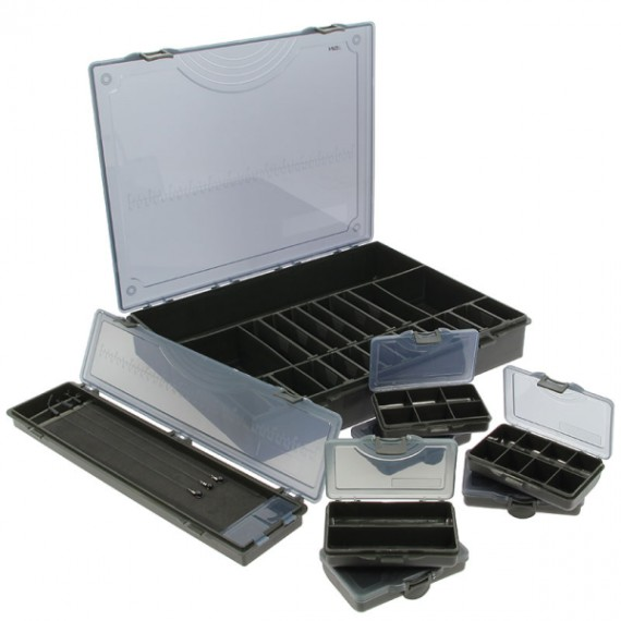 Large Deluxe Storage Tackle Box with Six Bit Boxes and Hair Rig Holder